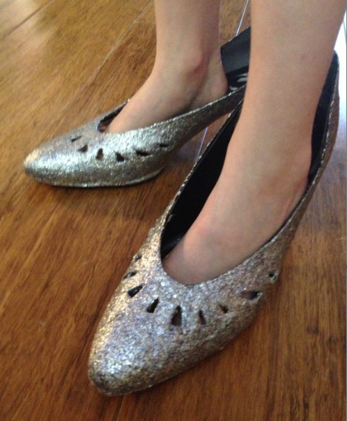 DIY glitter shoes tutorial mod podge cheap thrifty