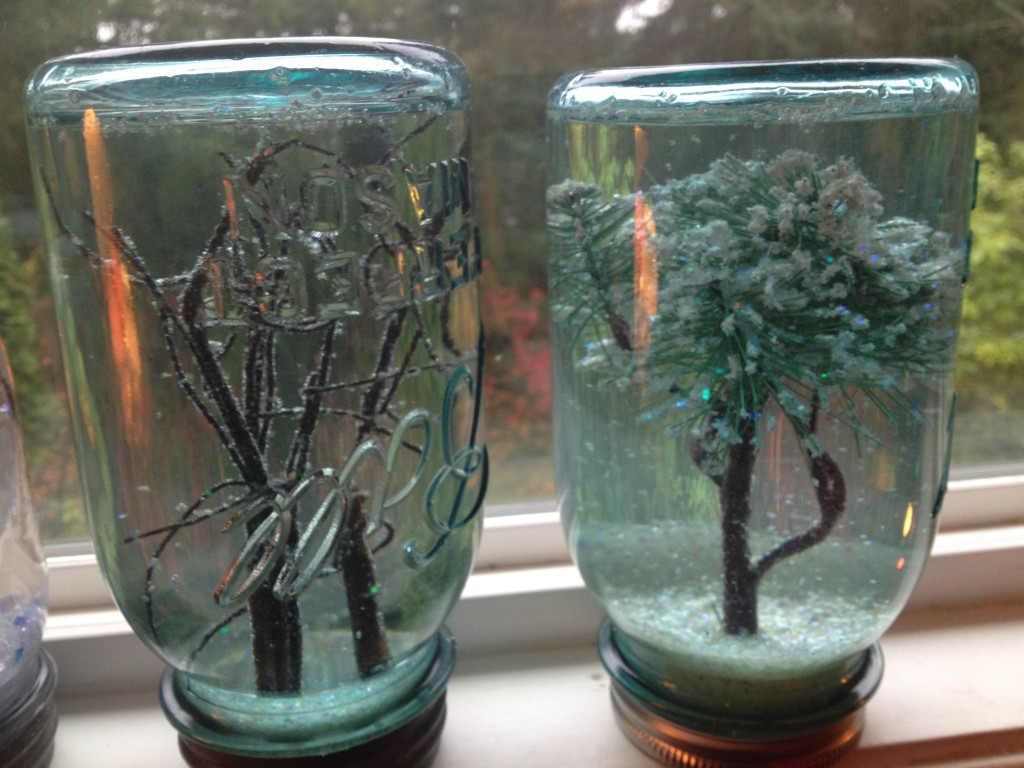 snow globes DIY tutorial how to snowglobes make trees