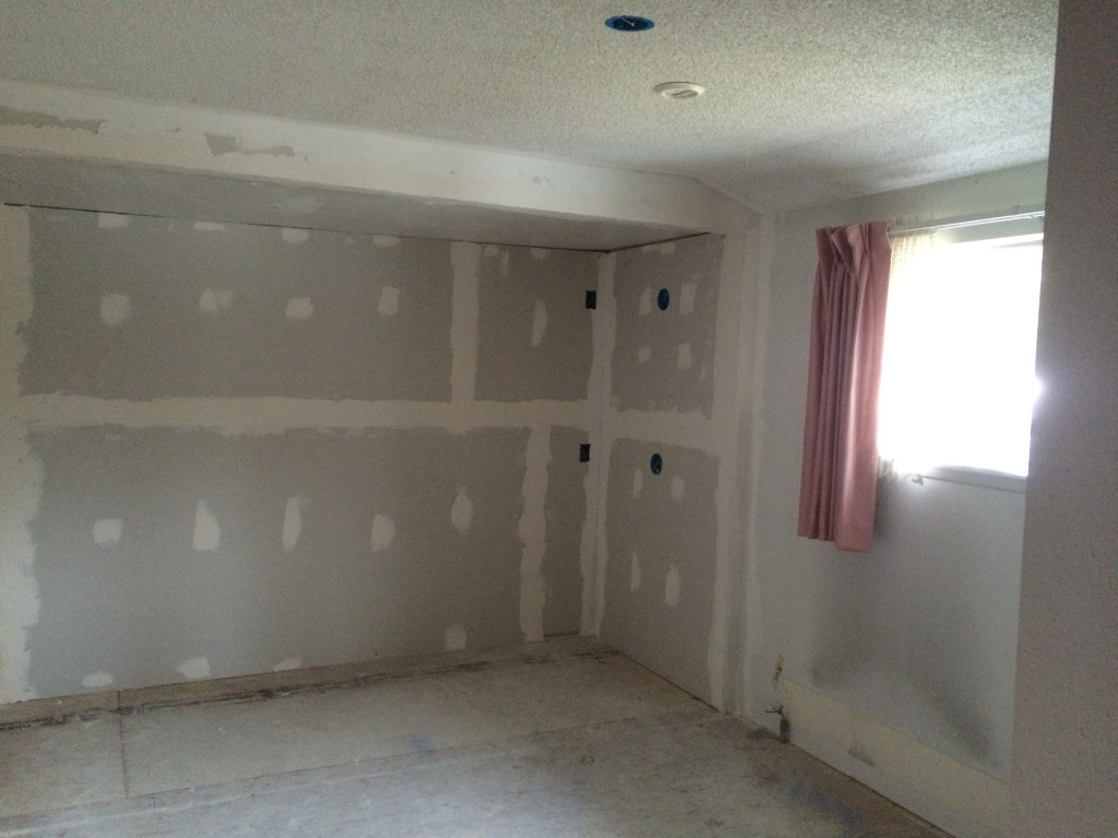 bulding new wall for diy built in bunk beds drywall